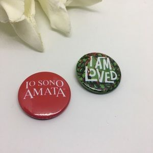 Button Pins I am Loved red and green round